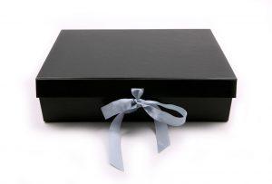 006. Box zwart groot (12 st.)