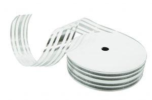 020. Decoratie lint middel zilver
