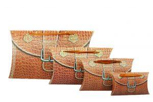001. Verpakking pillow snake bruin (25 st.)