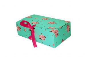 006. Box mintgroen met roosjes (25 st.)