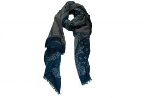 030. Sjaal print blauw