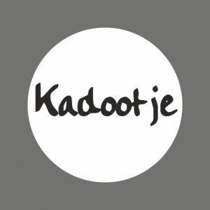050. Stickers tekst 'Kadootje'