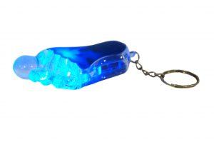 036. Sleutelhanger voet blauw met licht