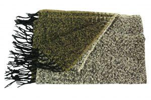 030. Sjaal gemêleerd groen